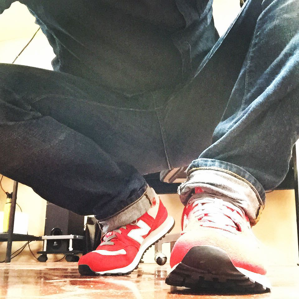 Sporty outfit for today rednewbalance newbalancered red 574